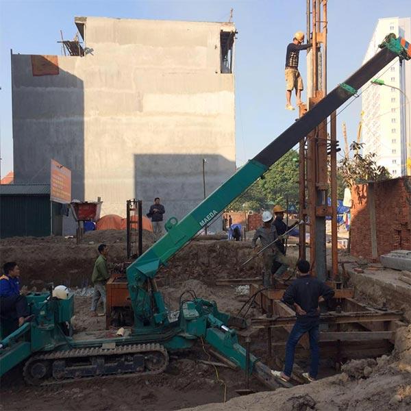Thi công ép cọc công trình nhà dân